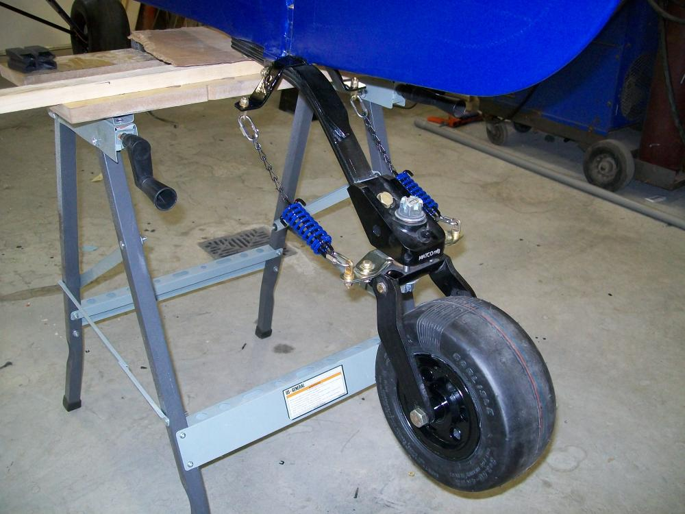 tail wheel finished 001.JPG